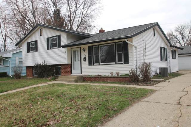 640 W 9th Street, Belvidere, IL 61008 (MLS #10683037) :: Property Consultants Realty