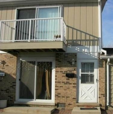 7919 164th Place #240, Tinley Park, IL 60477 (MLS #10683642) :: The Wexler Group at Keller Williams Preferred Realty
