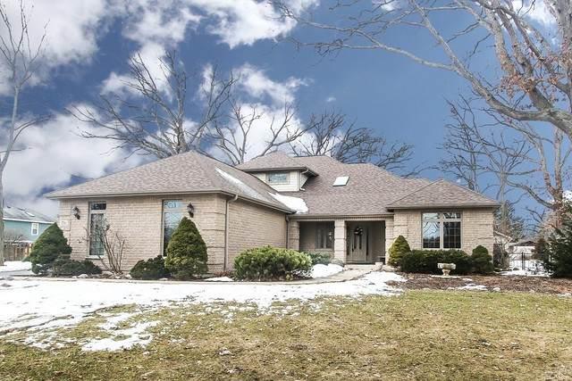 776 Forest Drive, Crystal Lake, IL 60014 (MLS #10683860) :: Helen Oliveri Real Estate