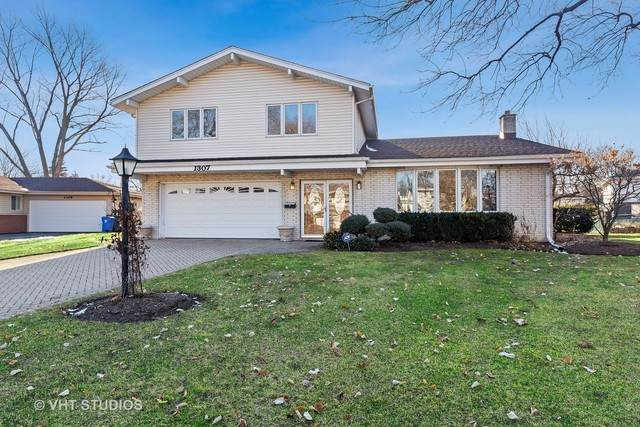 1307 E Mulberry Lane, Mount Prospect, IL 60056 (MLS #10683893) :: The Dena Furlow Team - Keller Williams Realty