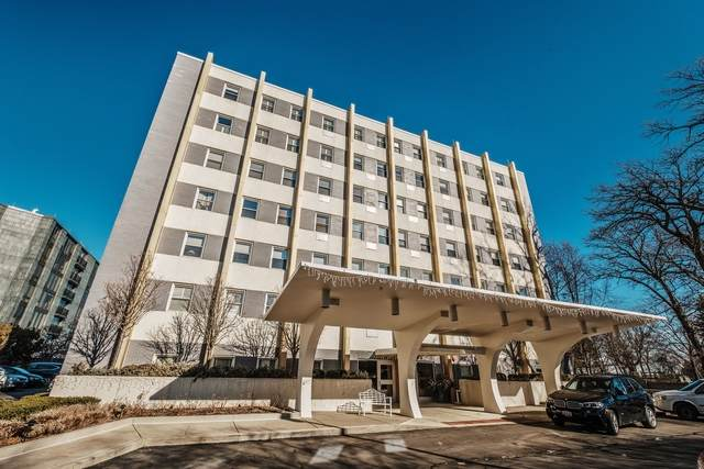 1410 Sheridan Road 5A, Wilmette, IL 60091 (MLS #10685028) :: Helen Oliveri Real Estate