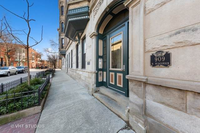 909 W Wisconsin Street 3M, Chicago, IL 60614 (MLS #10685187) :: The Wexler Group at Keller Williams Preferred Realty