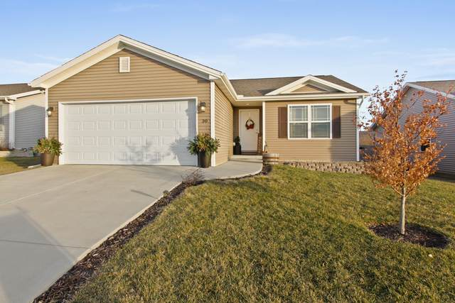 30 Winding Way, Bloomington, IL 61704 (MLS #10685537) :: BN Homes Group