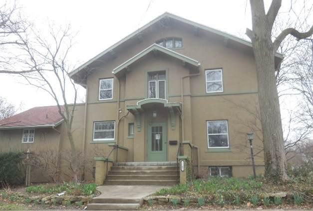 1102 E Monroe Street, Bloomington, IL 61701 (MLS #10686111) :: BN Homes Group