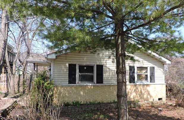 18880 W Oak Avenue, Mundelein, IL 60060 (MLS #10686184) :: Helen Oliveri Real Estate