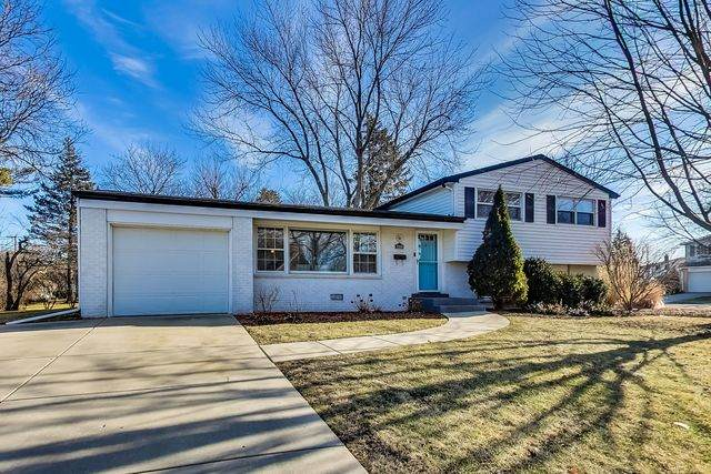 2209 N Verde Drive, Arlington Heights, IL 60004 (MLS #10686768) :: Property Consultants Realty