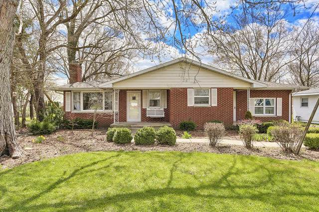 103 W Division Street, Fisher, IL 61843 (MLS #10689943) :: Littlefield Group