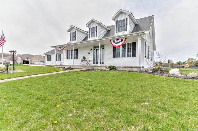 611 Country Acres Road, ST. JOSEPH, IL 61873 (MLS #10693258) :: O'Neil Property Group