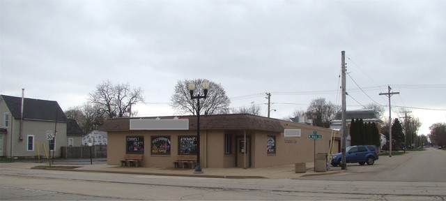 414 Main Street 412-414, Kirkland, IL 60146 (MLS #10693363) :: Property Consultants Realty
