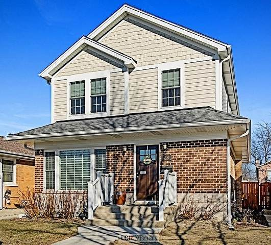 6327 N Kildare Avenue, Chicago, IL 60646 (MLS #10694906) :: Property Consultants Realty