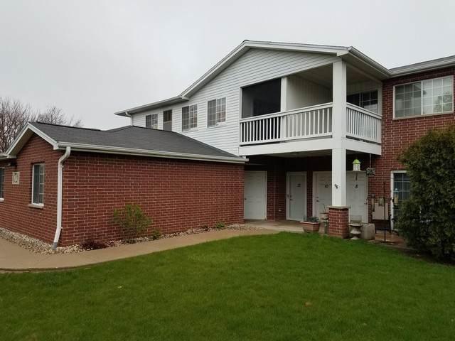 8720 Lexington Place #10, Pleasant Prairie, WI 53158 (MLS #10697495) :: Littlefield Group