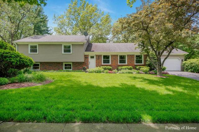 1605 Knoll Drive, Naperville, IL 60565 (MLS #10699309) :: The Wexler Group at Keller Williams Preferred Realty
