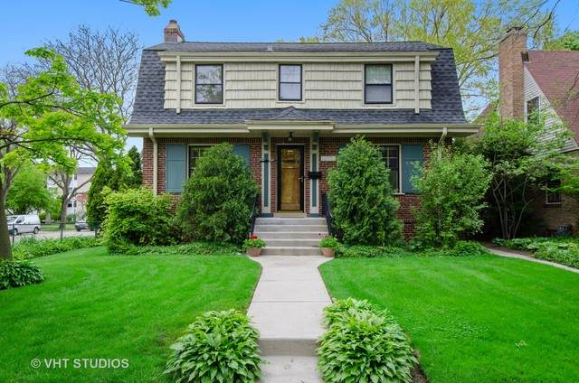 1776 Washington Avenue, Wilmette, IL 60091 (MLS #10701156) :: John Lyons Real Estate