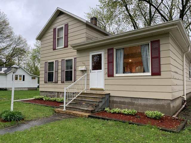 105 W Hickory Street, Fairbury, IL 61739 (MLS #10701928) :: Property Consultants Realty