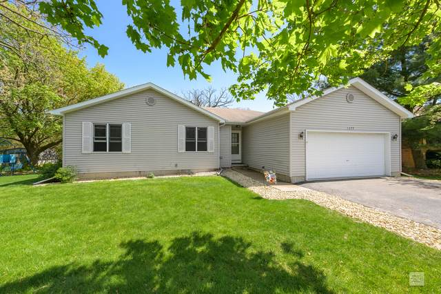 1377 Sandwich Drive, Sandwich, IL 60548 (MLS #10703116) :: Angela Walker Homes Real Estate Group