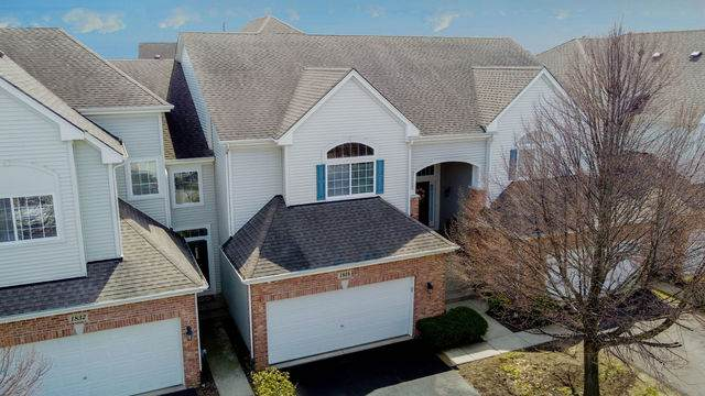 1834 Maureen Drive 24-3, Hoffman Estates, IL 60192 (MLS #10703688) :: Touchstone Group