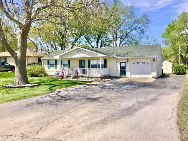 404 E Benham Street, TOLONO, IL 61880 (MLS #10703690) :: Littlefield Group