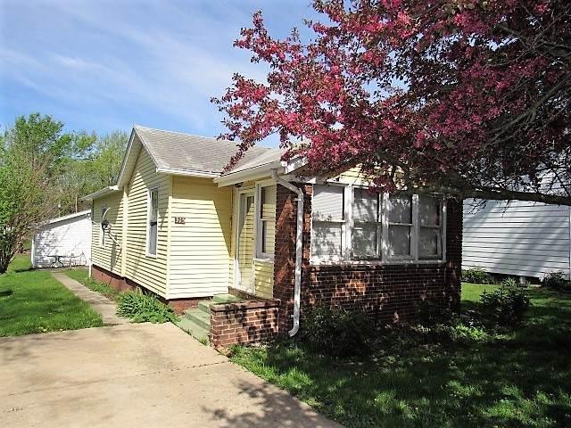 315 N Walnut Street, CLINTON, IL 61727 (MLS #10705933) :: Property Consultants Realty