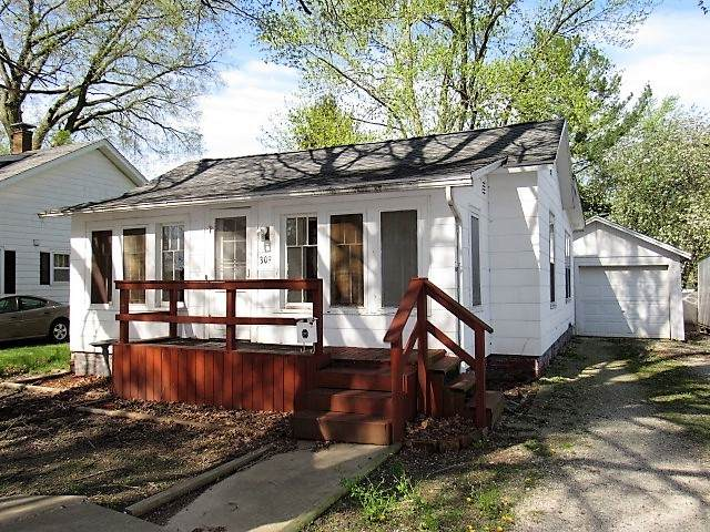 309 N Mulberry Street, CLINTON, IL 61727 (MLS #10706105) :: Property Consultants Realty