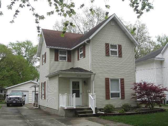 606 S 3rd Street, Watseka, IL 60970 (MLS #10707319) :: Littlefield Group