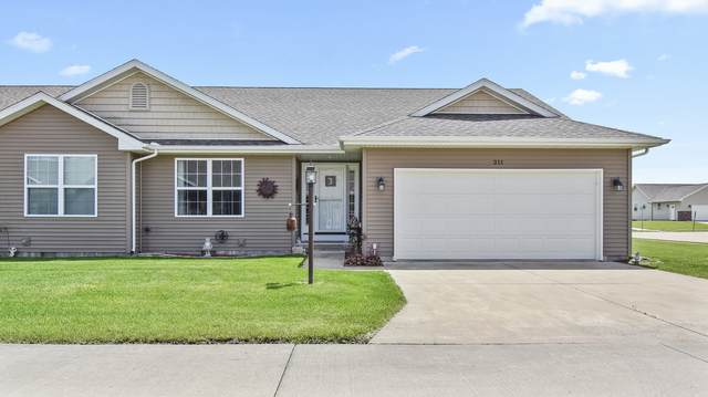 211 Medinah Court, Fisher, IL 61843 (MLS #10707364) :: Helen Oliveri Real Estate