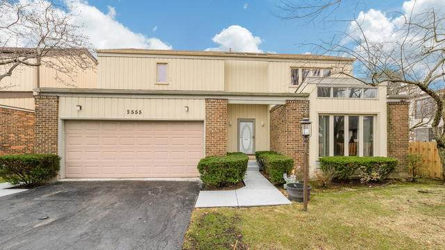 2555 Brian Drive, Northbrook, IL 60062 (MLS #10709091) :: Helen Oliveri Real Estate