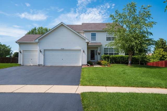 1522 S Fallbrook Drive, Round Lake, IL 60073 (MLS #10711613) :: Property Consultants Realty