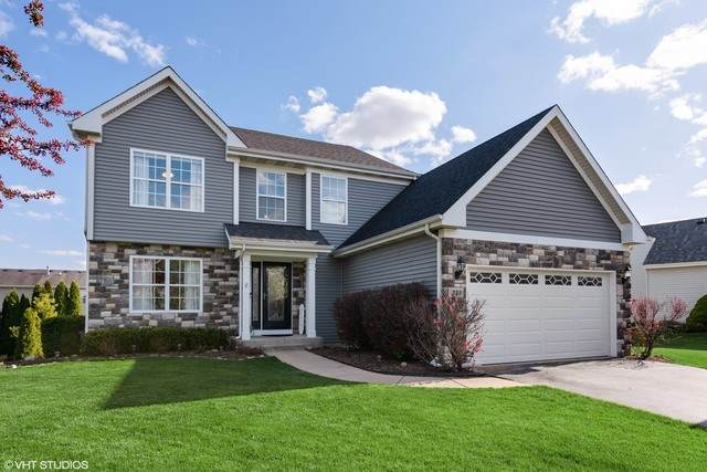 231 Winding Canyon Way, Algonquin, IL 60102 (MLS #10712253) :: Ryan Dallas Real Estate