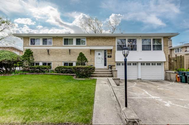 7803 Churchill Street, Morton Grove, IL 60053 (MLS #10712638) :: Property Consultants Realty
