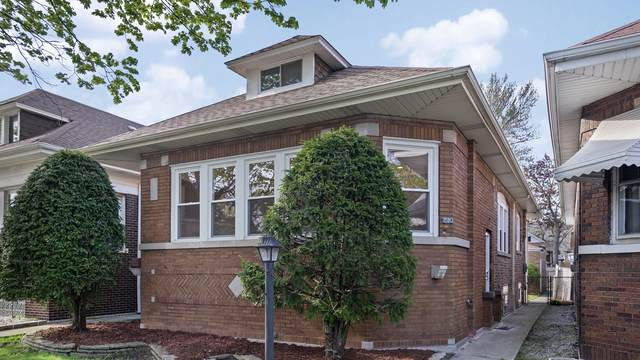 1510 E 85th Street, Chicago, IL 60619 (MLS #10712964) :: Littlefield Group