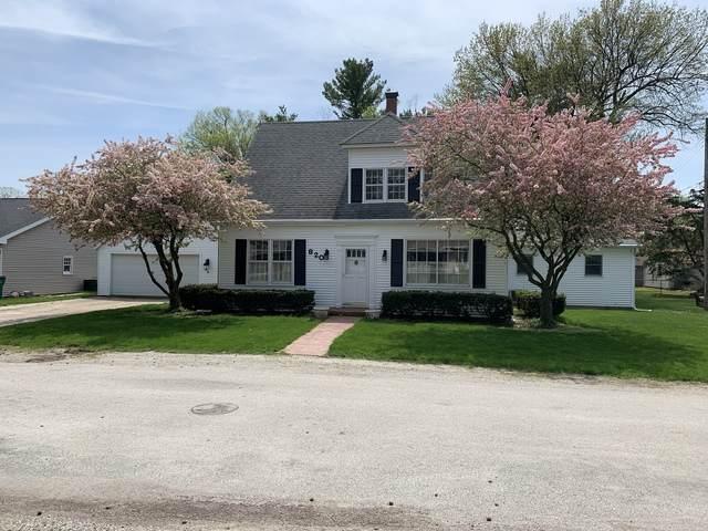 820 W Adams Street, CLINTON, IL 61727 (MLS #10713480) :: Property Consultants Realty