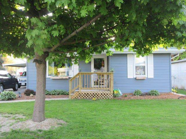 1729 North Street, Sterling, IL 61081 (MLS #10714028) :: Littlefield Group