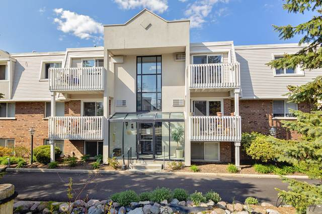 159 E Mill Street #10, Wauconda, IL 60084 (MLS #10714537) :: Angela Walker Homes Real Estate Group