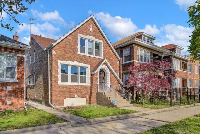 7032 S Maplewood Avenue, Chicago, IL 60629 (MLS #10717115) :: Littlefield Group