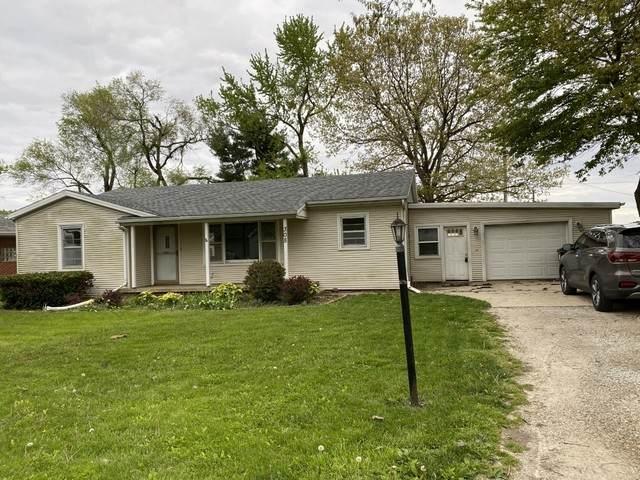308 W Poplar Street W, HEYWORTH, IL 61745 (MLS #10717560) :: The Dena Furlow Team - Keller Williams Realty