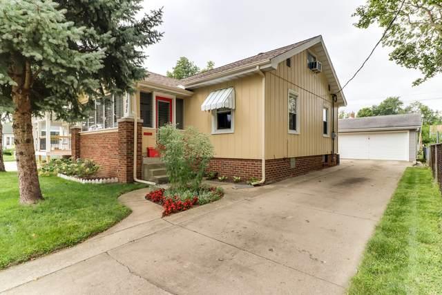 1605 S Center Street, Bloomington, IL 61701 (MLS #10718611) :: Ryan Dallas Real Estate