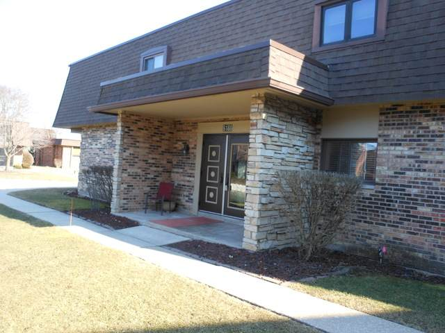 9188 South Road B, Palos Hills, IL 60465 (MLS #10718959) :: The Wexler Group at Keller Williams Preferred Realty