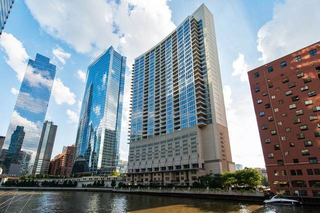 333 N Canal Street #2201, Chicago, IL 60606 (MLS #10719321) :: Property Consultants Realty