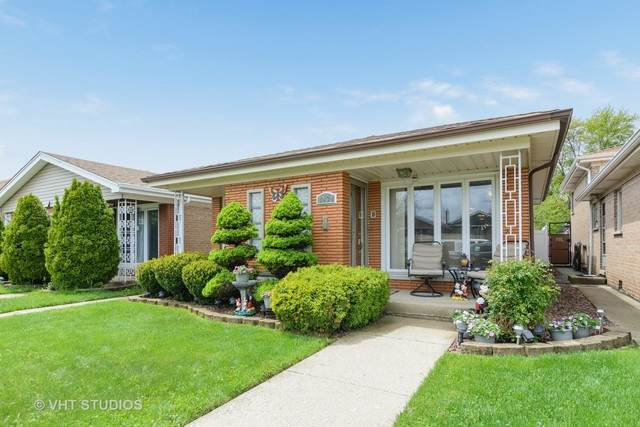 8434 S Kenneth Avenue, Chicago, IL 60652 (MLS #10719384) :: The Mattz Mega Group