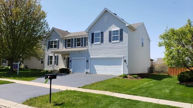 136 Summit Drive, Gilberts, IL 60136 (MLS #10719711) :: Knott's Real Estate Team