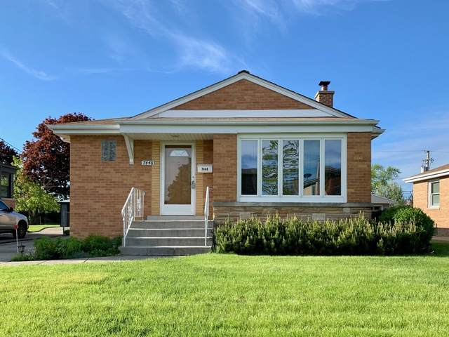 7448 W Lawler Avenue, Niles, IL 60714 (MLS #10719716) :: Helen Oliveri Real Estate
