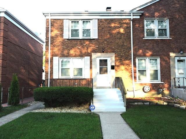 6409 S Lorel Avenue, Chicago, IL 60638 (MLS #10719839) :: The Mattz Mega Group