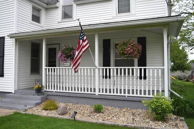 453 E 5th Street, El Paso, IL 61738 (MLS #10720415) :: Jacqui Miller Homes