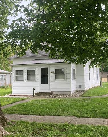 510 S 3rd Street, Fisher, IL 61843 (MLS #10720756) :: Littlefield Group