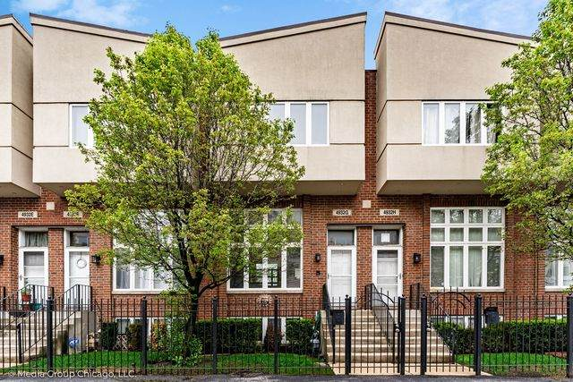 4932 W Lawrence Avenue G, Chicago, IL 60630 (MLS #10721035) :: Littlefield Group