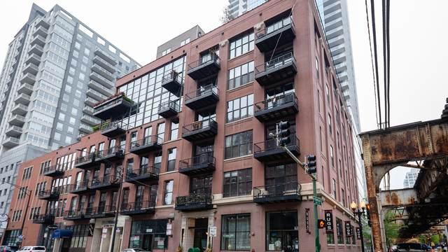 300 W Grand Avenue #603, Chicago, IL 60654 (MLS #10721263) :: Touchstone Group