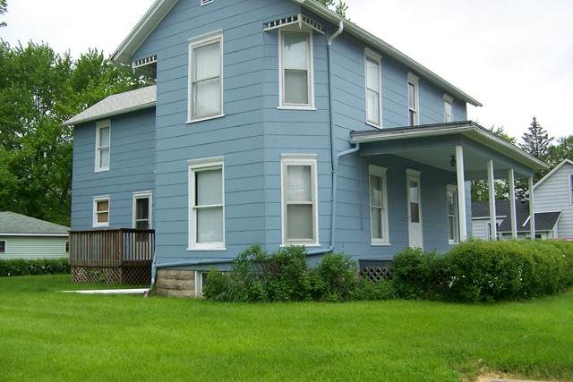 310 S 1st Street, Fairbury, IL 61739 (MLS #10721729) :: Littlefield Group
