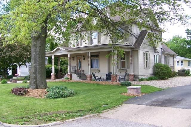 410 N 7th Street, Fairbury, IL 61739 (MLS #10722439) :: John Lyons Real Estate