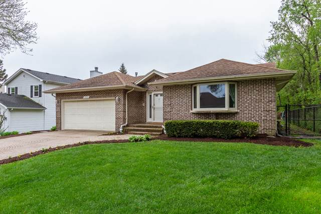 830 E Sterling Avenue, West Chicago, IL 60185 (MLS #10722839) :: Littlefield Group