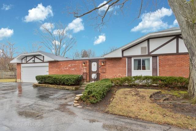 3 Coventry On Duxbury Court, Rolling Meadows, IL 60008 (MLS #10722879) :: Suburban Life Realty